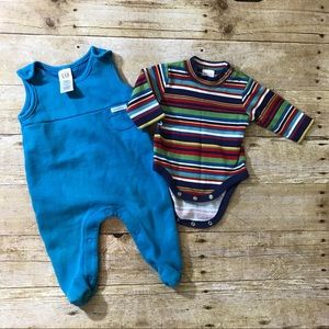 Baby gap set like new striped onesie and romper